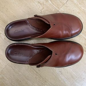 Womens Clarks Clogs Brown Leather